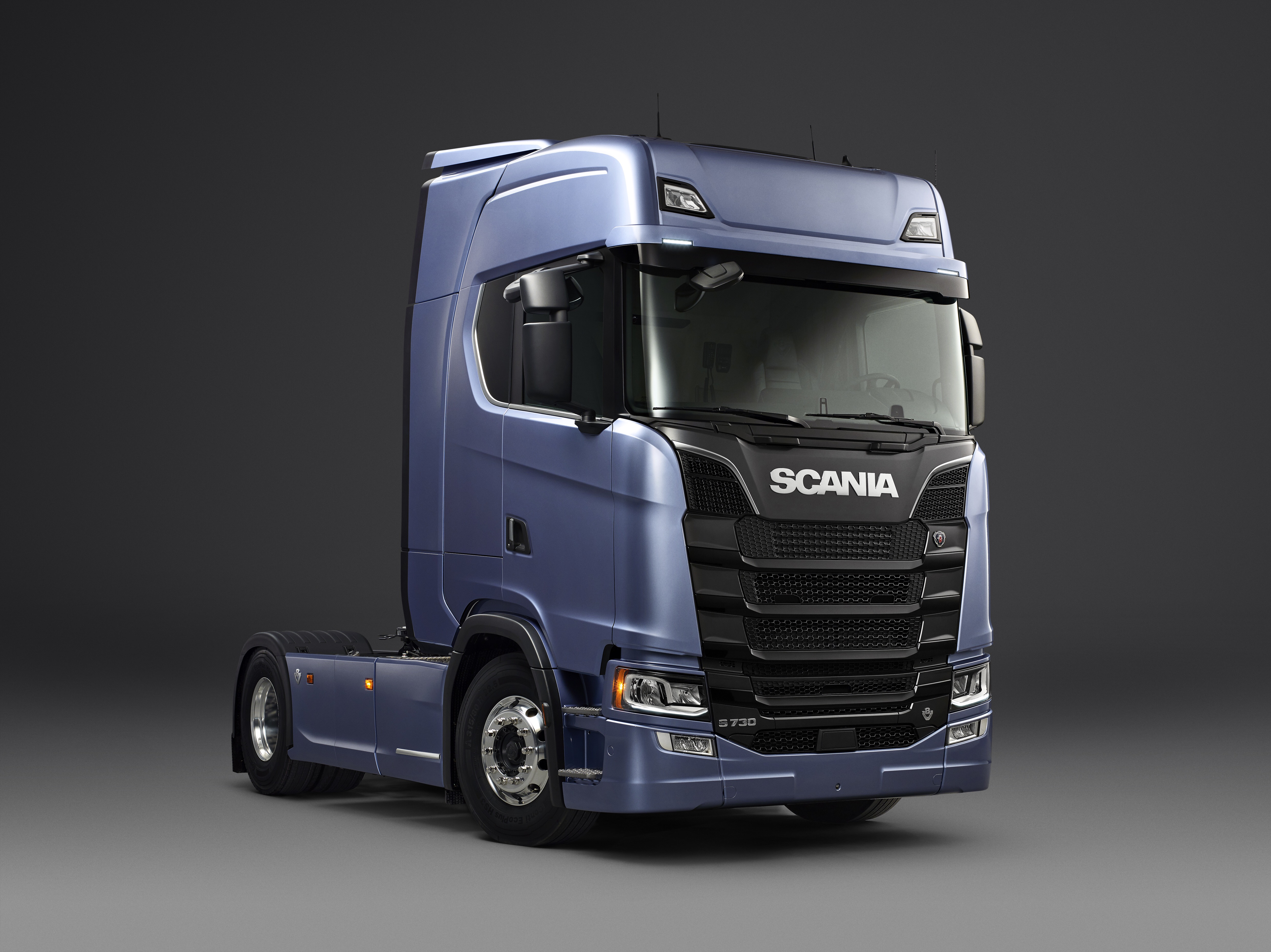 scania s series wins itoy 2017. Black Bedroom Furniture Sets. Home Design Ideas
